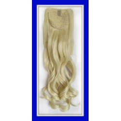 "22"" Blonde Wavy Ponytail Extension"